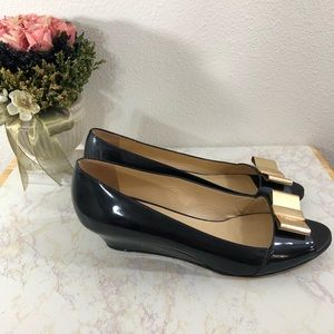 Kate Spade Low Heel Wedge Peep Toe Gold Bow